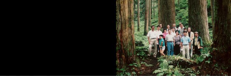 1991年 木の家づくりネットワーク、フィールドネット一級建築士事務所を設立。